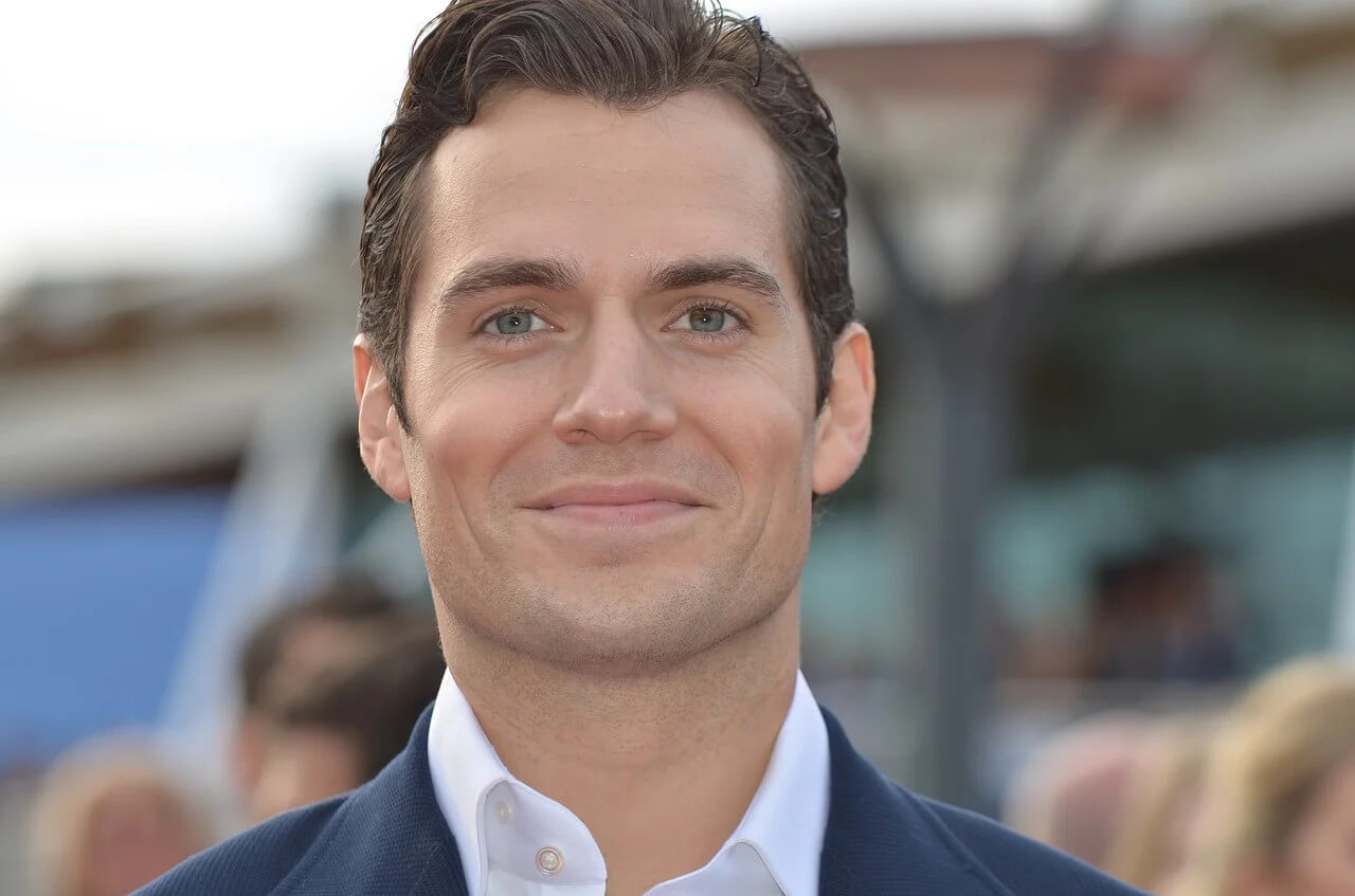 Warner quer a volta do Superman de Henry Cavill